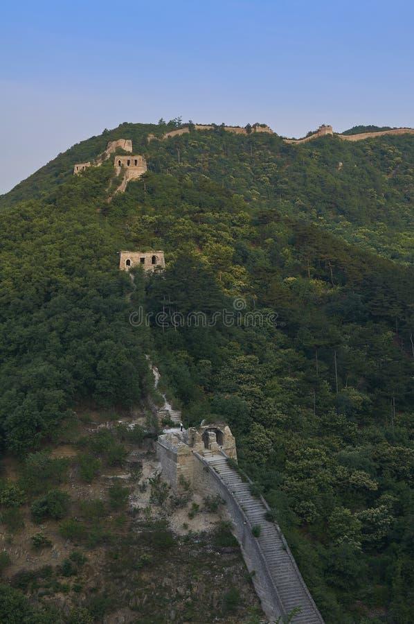 Nicht zurückerstatteter Abschnitt der Chinesischen Mauer, Zhuangdaokou, Peking, China lizenzfreie stockfotos