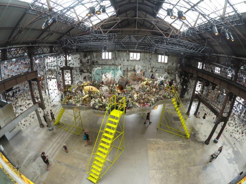 Nick Cave: Fino al museo di Massachusetts, di Carriageworks di arte contemporanea successivo ed al museo a cristallo dei ponti de fotografia stock libera da diritti