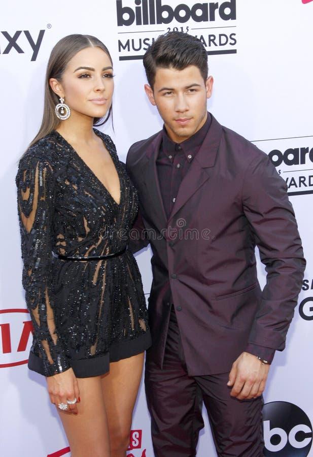 Nick Jonas e Olivia Culpo fotografia stock libera da diritti