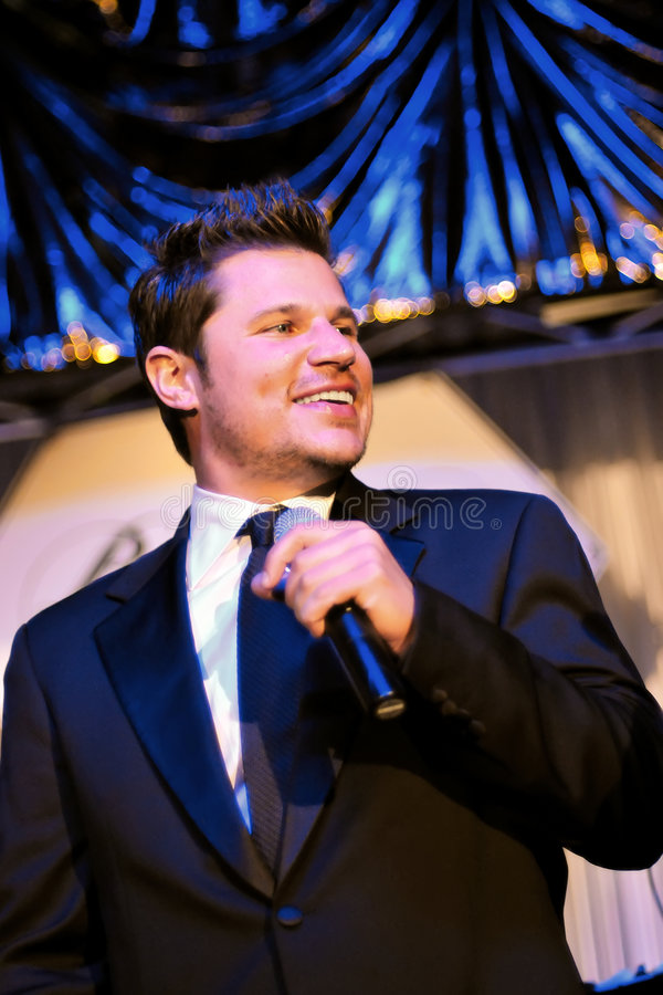 Nick Lachey executa na gala de Barnstable-Brown fotos de stock royalty free