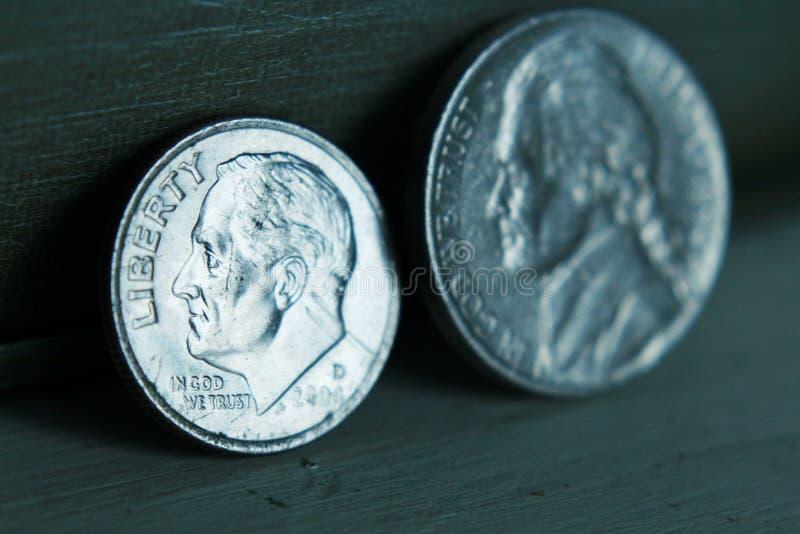 Nickel und Groschen lizenzfreie stockfotografie