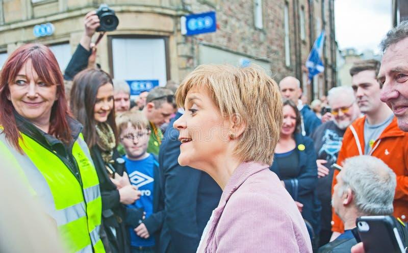 Nicola Sturgeon First Minister-het luisteren stock fotografie