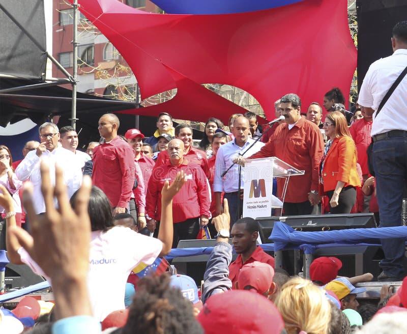 Nicolas Maduro die als Kandidaat voor Presidentsverkiezing in Venezuela registreren royalty-vrije stock afbeeldingen