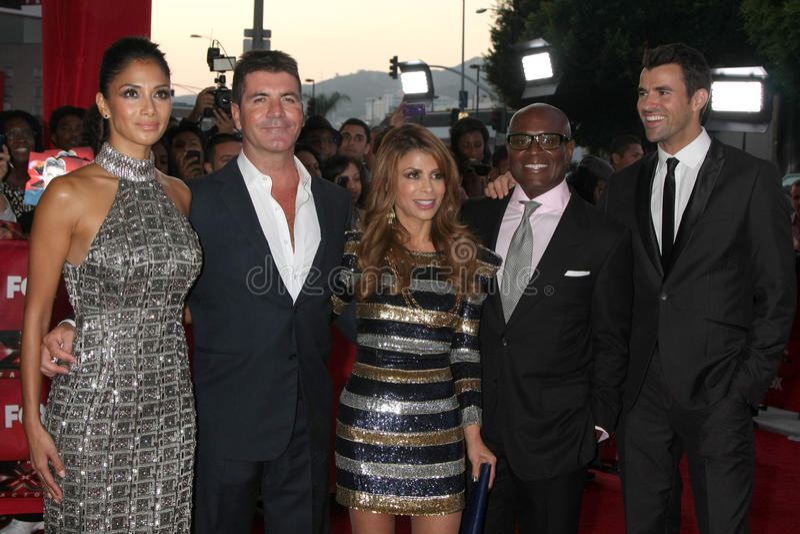 Nicole Scherzinger, Paula Abdul, Simon Cowell, Steve Jones lizenzfreies stockbild