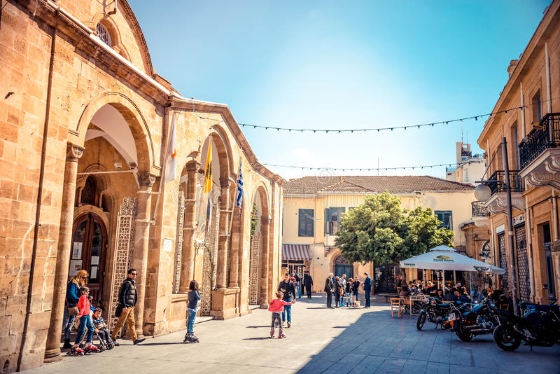 NICOSIA - APRIL 13: Faneromeni kyrkafyrkant på April 13, 2015 royaltyfri bild