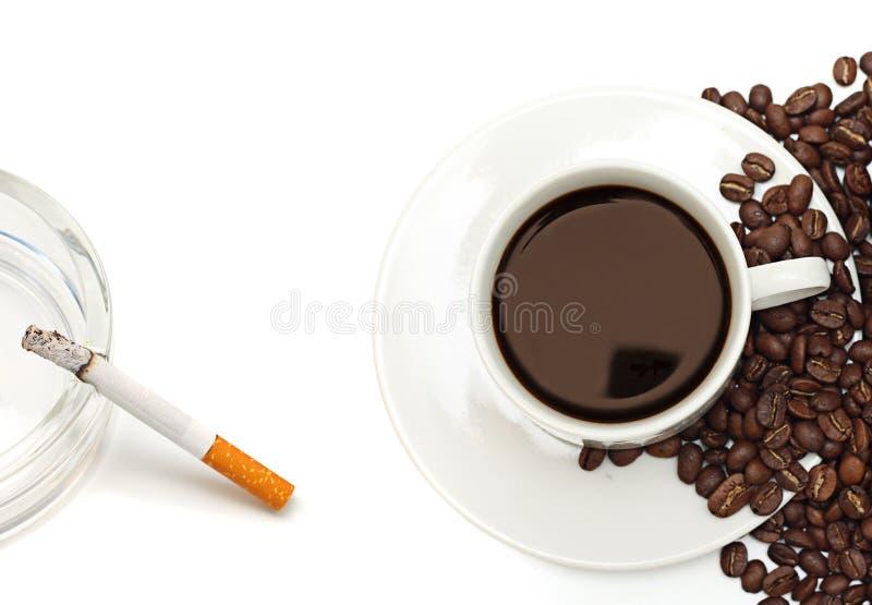 Nicotine et caféine. photos libres de droits
