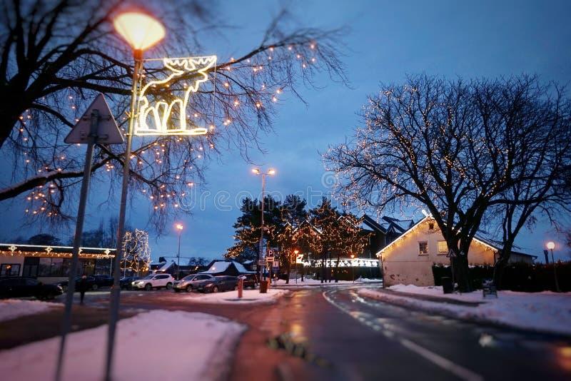 Nida City in Litouwen, tijdens de periode van Kerstmis stock afbeeldingen