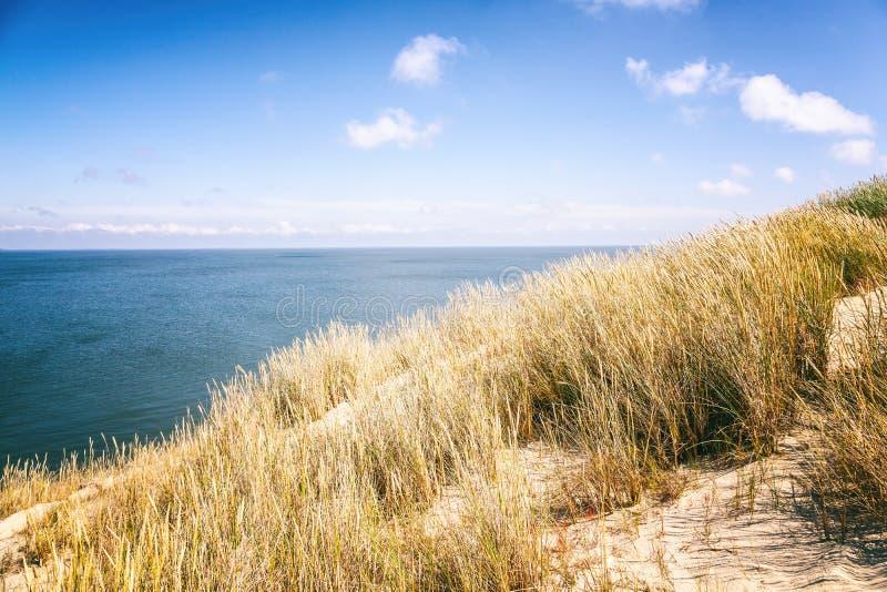 Nida - escupitajo de Curonian y laguna de Curonian, Nida, Klaipeda, Lithua fotos de archivo libres de regalías