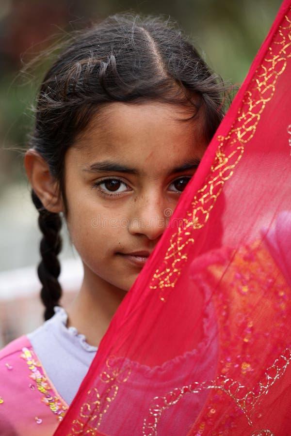 nieśmiali dziewczyn muslim zdjęcie stock