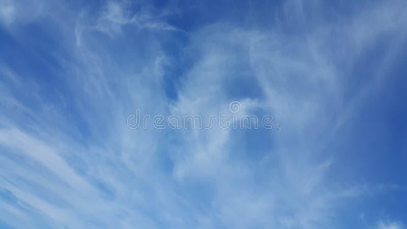 Nieba kreskowy błękit up zdjęcia royalty free