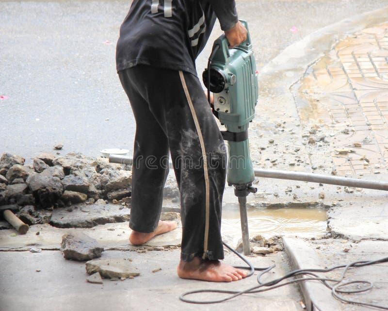 Niebezpieczny zachowanie dla musztrować beton zdjęcie stock