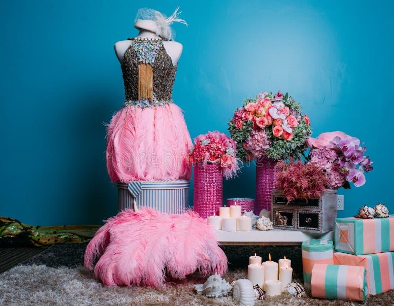 niebieska szczegółów kwiat podwiązka gotham jest zatruty ślub zdjęcia stock