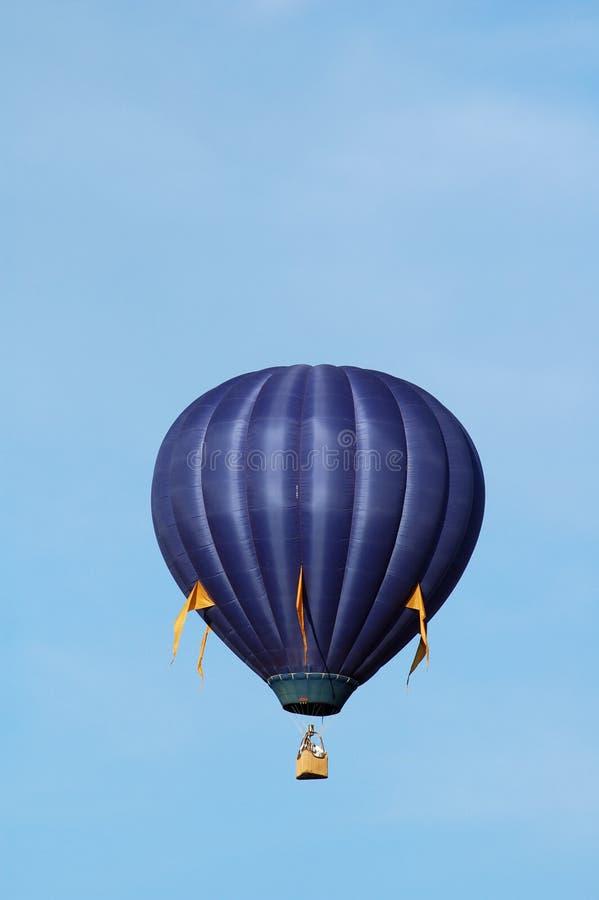 niebieski balonowy pionowe obrazy stock