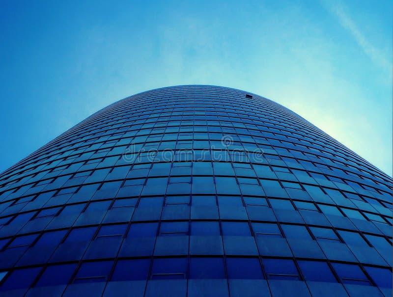 niebieski budynku biura wzrok w górę zdjęcia stock