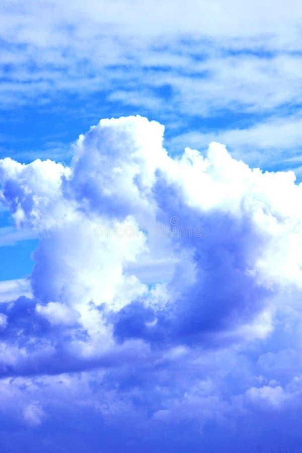 niebieski chmury obraz royalty free