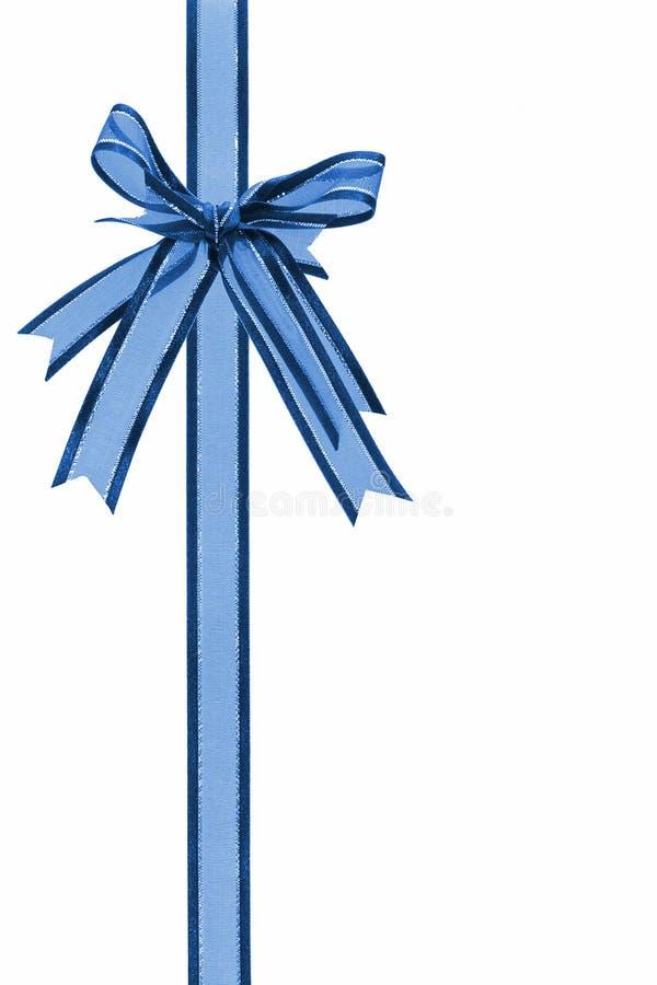 niebieski dziobu wstążkę dekoracyjny zdjęcie stock