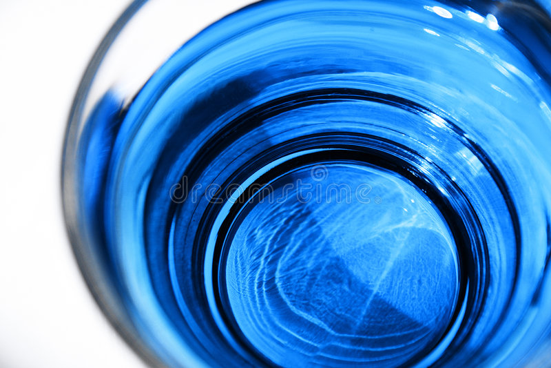 Download Niebieski koktajl zdjęcie stock. Obraz złożonej z błękitny - 139946