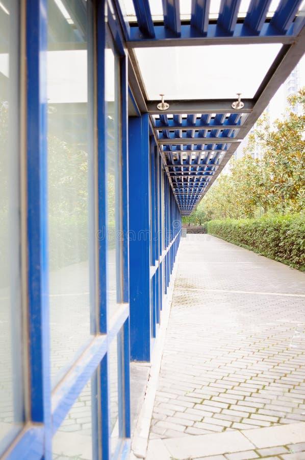 niebieski korytarza szkła obraz royalty free