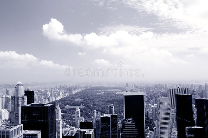 niebieski Manhattan fotografia stock