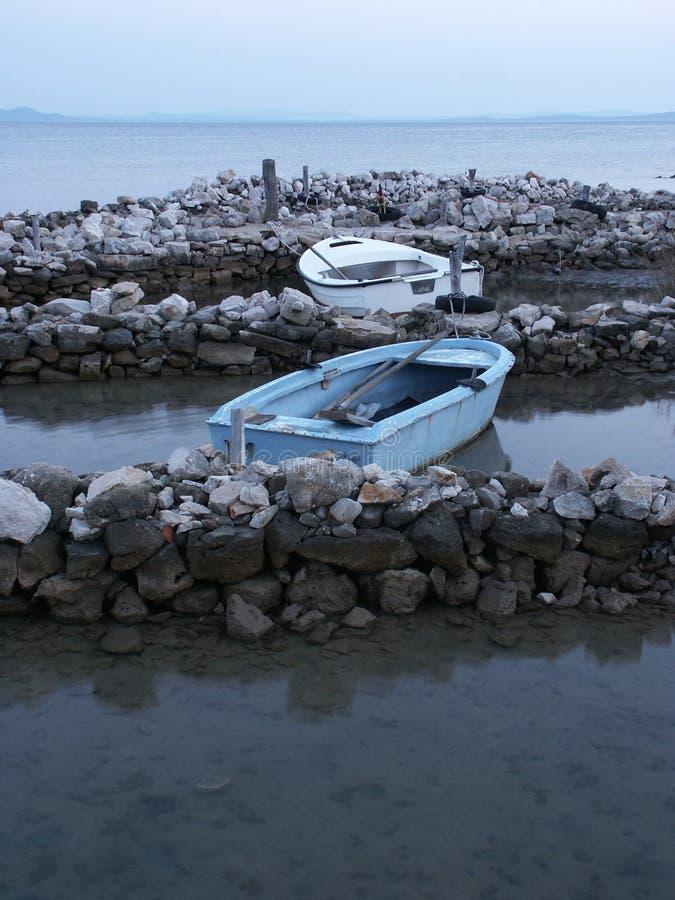niebieskie łodzi zdjęcie royalty free