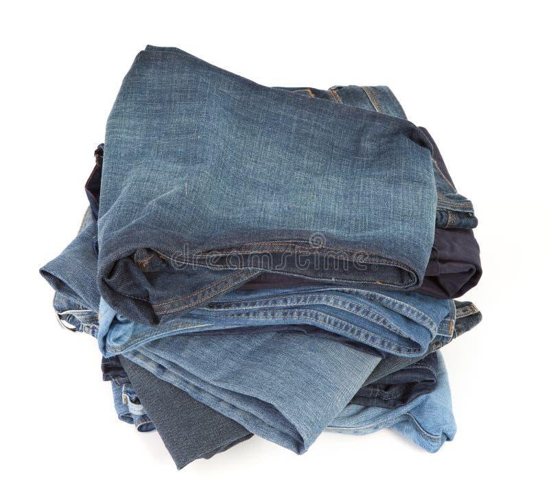 niebieskie dżinsy blisko strzał broguje zdjęcie stock