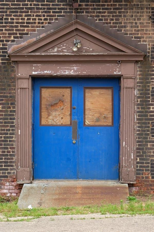 niebieskie drzwi fotografia stock