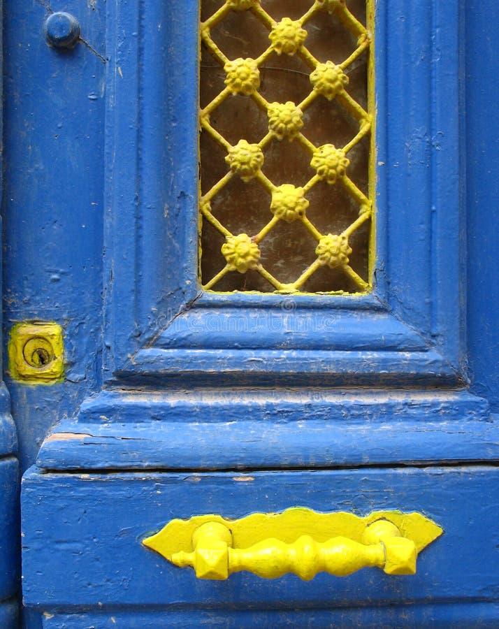 niebieskie drzwi obraz royalty free