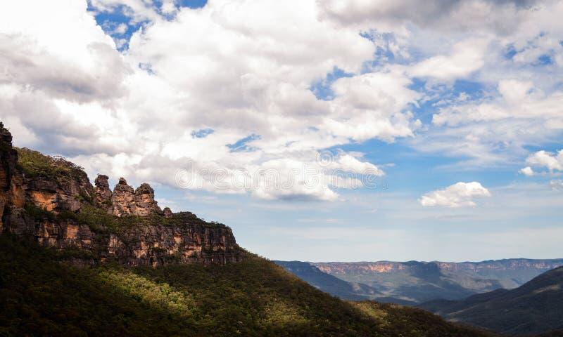 niebieskie góry fotografia stock