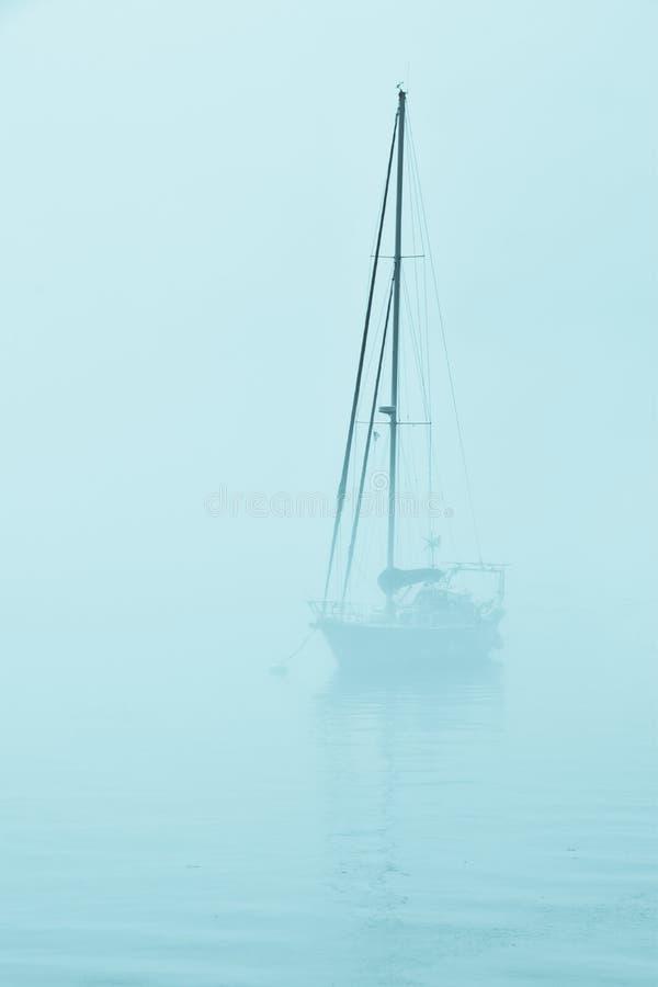 Niebla azul imagen de archivo libre de regalías