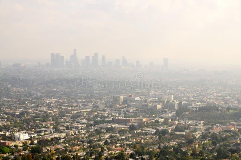 Niebla con humo de Los Ángeles imagen de archivo