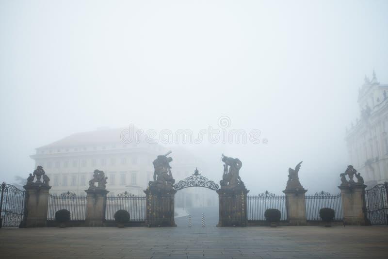 Niebla del misterio fotos de archivo