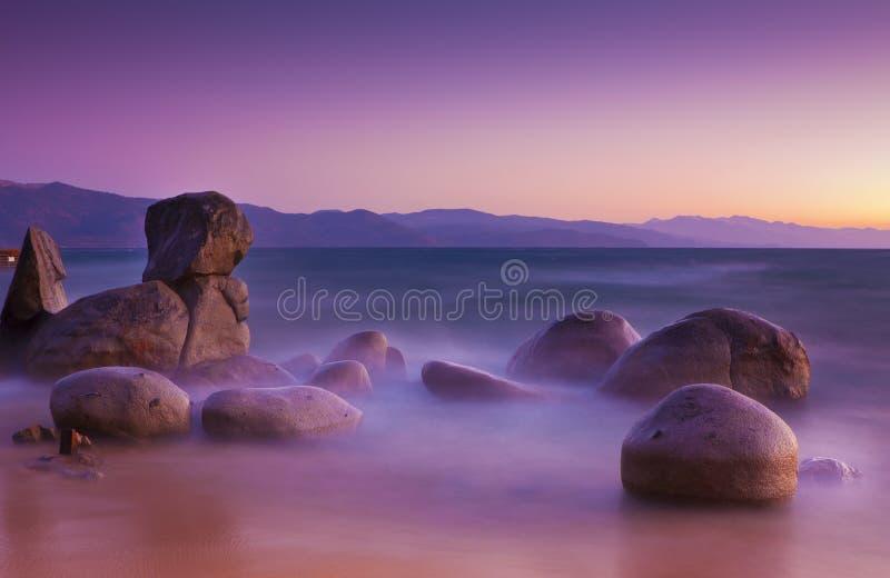 Niebla soñadora de Shorline fotografía de archivo libre de regalías
