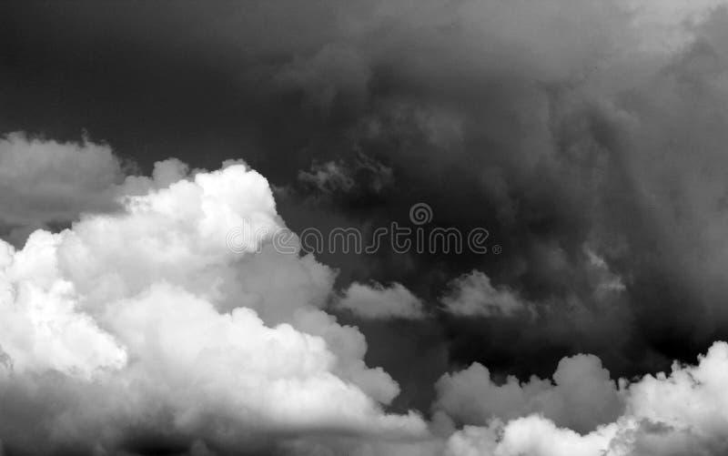 niebo burzowi zdjęcia royalty free