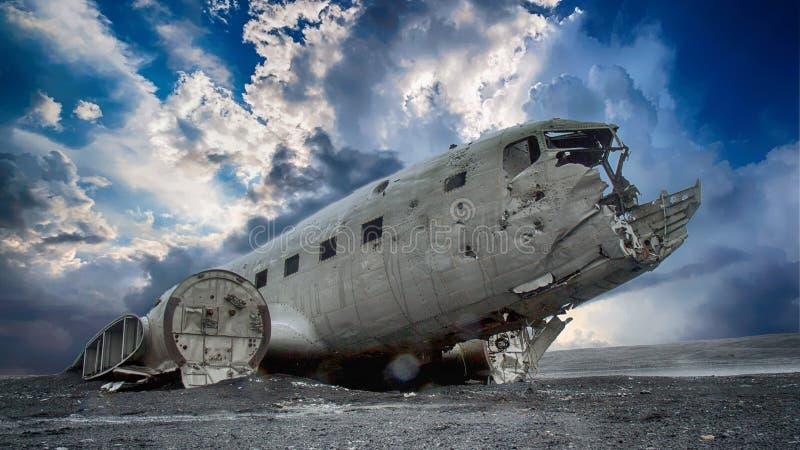 Niebo, Kosmiczna inżynieria, lotnictwo, samolot