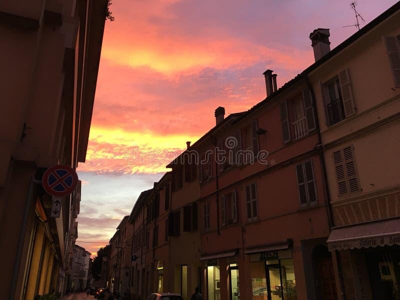 Niebo na Faenza & x28; WŁOCHY, il Cielo sopra Faenza obrazy stock