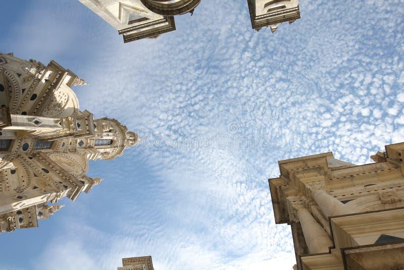 Niebo nad Górska chata De Chambord, Francja, Europa fotografia royalty free