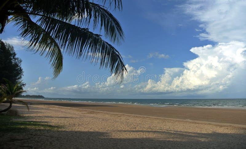Niebo piasek i morze obraz royalty free