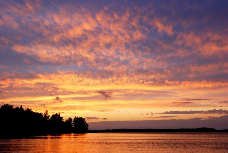niebo purpurowy zmierzch zdjęcia royalty free