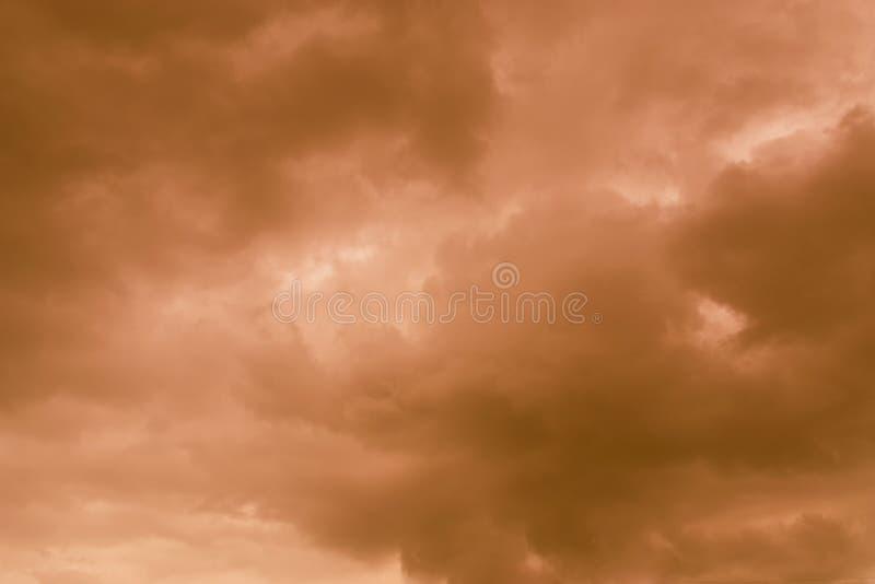Niebo wieczór światła słonecznego gorąca strefa dla tła w projekcie i a fotografia royalty free