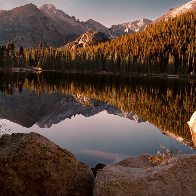 niedźwiadkowy jezioro obrazy royalty free