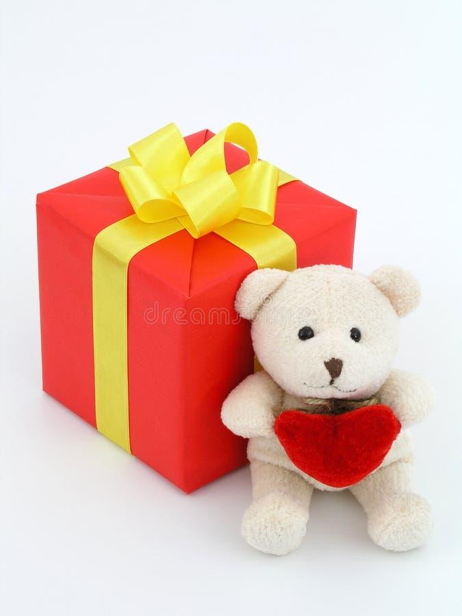 niedźwiedź dar czerwonym teddy obrazy royalty free