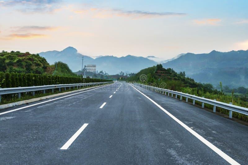 Niedawno budująca autostrada zdjęcie stock