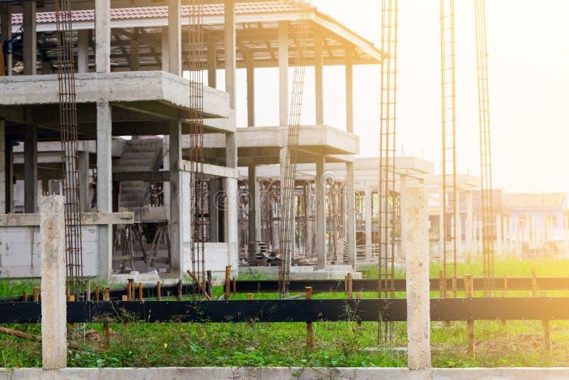 Niedawno budujący stwarza ognisko domowe w mieszkaniowej nieruchomości w Tajlandia obraz royalty free