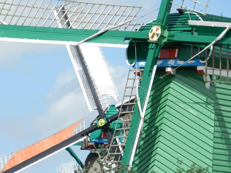 Niederländische Windmühlen lizenzfreies stockbild