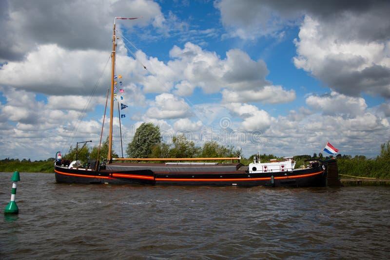 Niederländisches historisches Schiff stockbilder