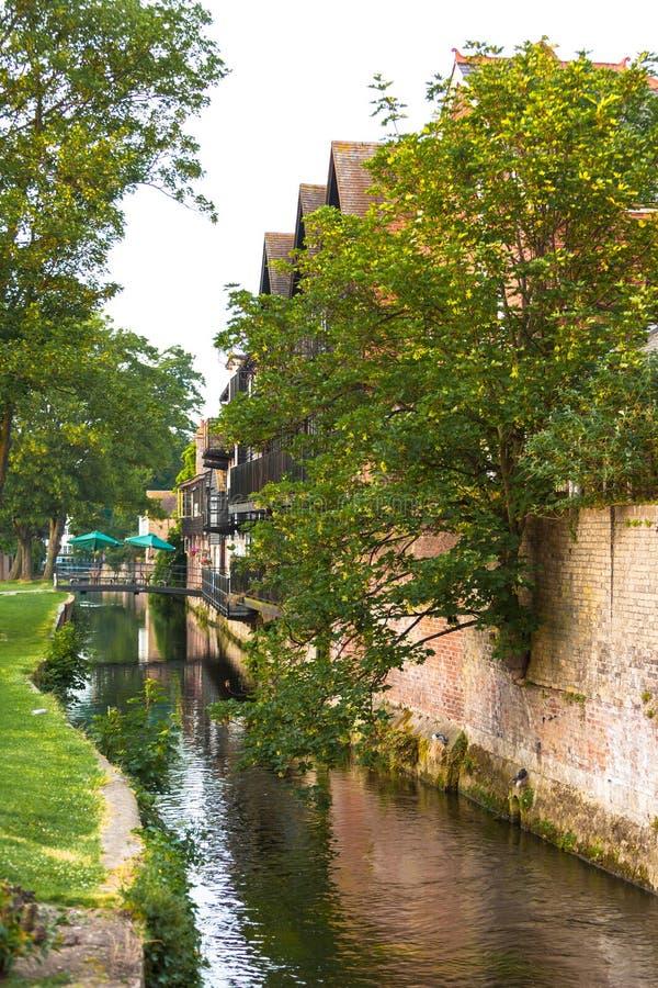 Niederlassung des großen Stour-Flusses Canterbury, Kent, England lizenzfreie stockfotos