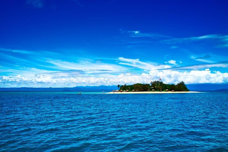 Niedrige Insel des großen Wallriffs lizenzfreie stockfotos