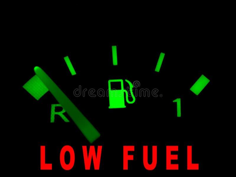 Niedrige Kraftstoffwarnung lizenzfreie abbildung