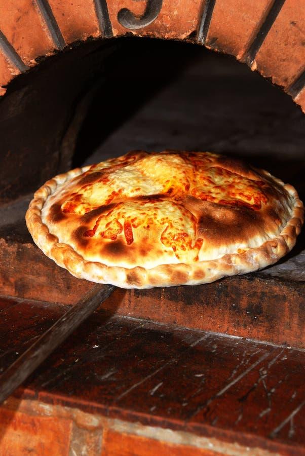 Niedriger Ofen der Pizza stockfotos