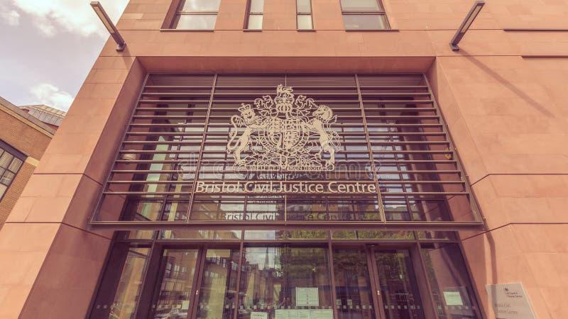 Niedriger Winkel Bristol Civil Justice Centres lizenzfreie stockbilder